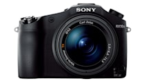 Sony's latest high-end superzoom shoots in 4K