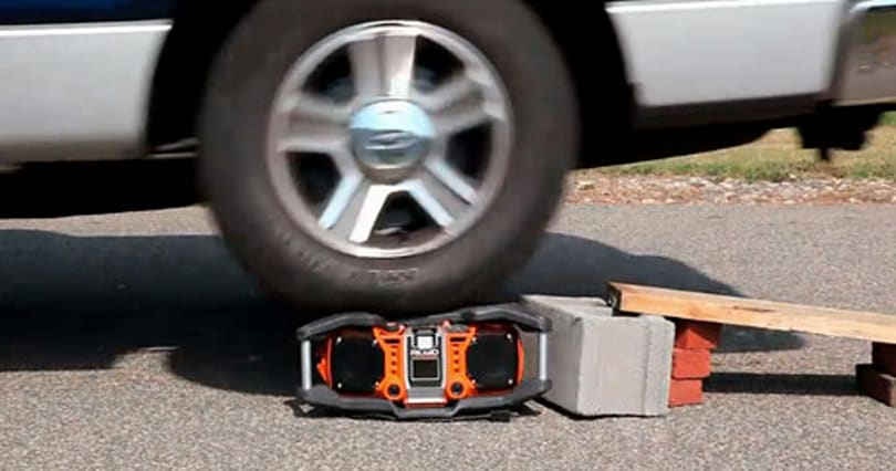 Ridgid Jobsite iPod Radio takes a beating, survives long enough to go on sale (video)