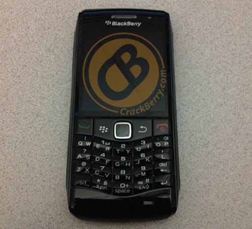BlackBerry Pearl 9100 revealed, has lost its gemstone but not its luster