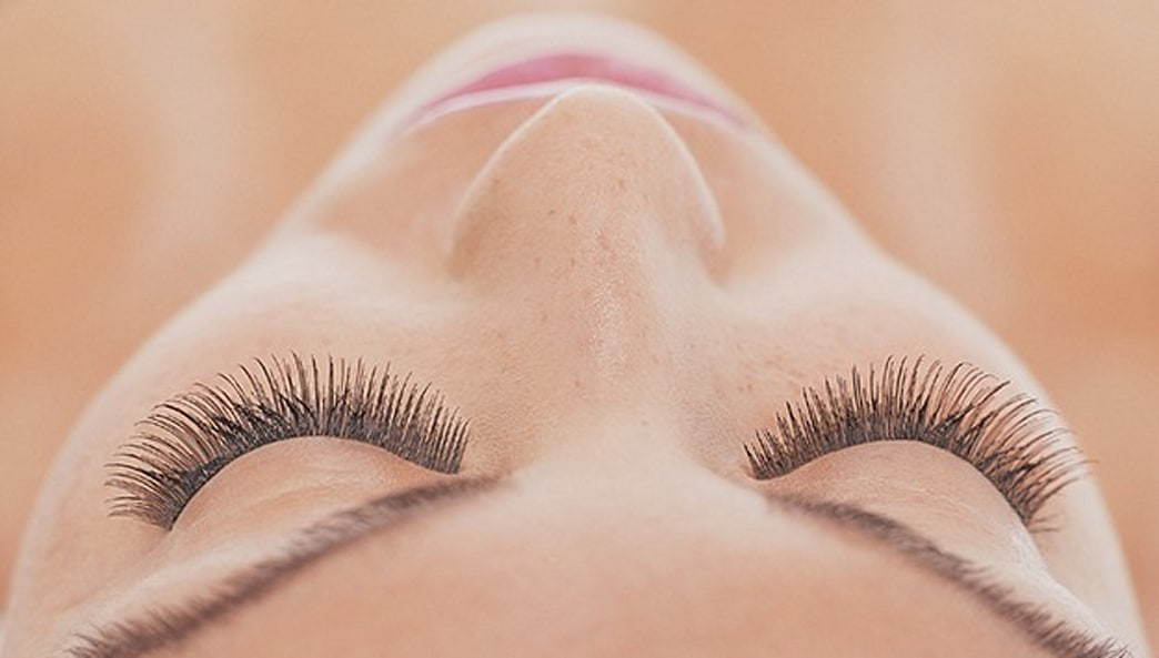 Women are Perming their Eyelashes Now. Yes, Really.