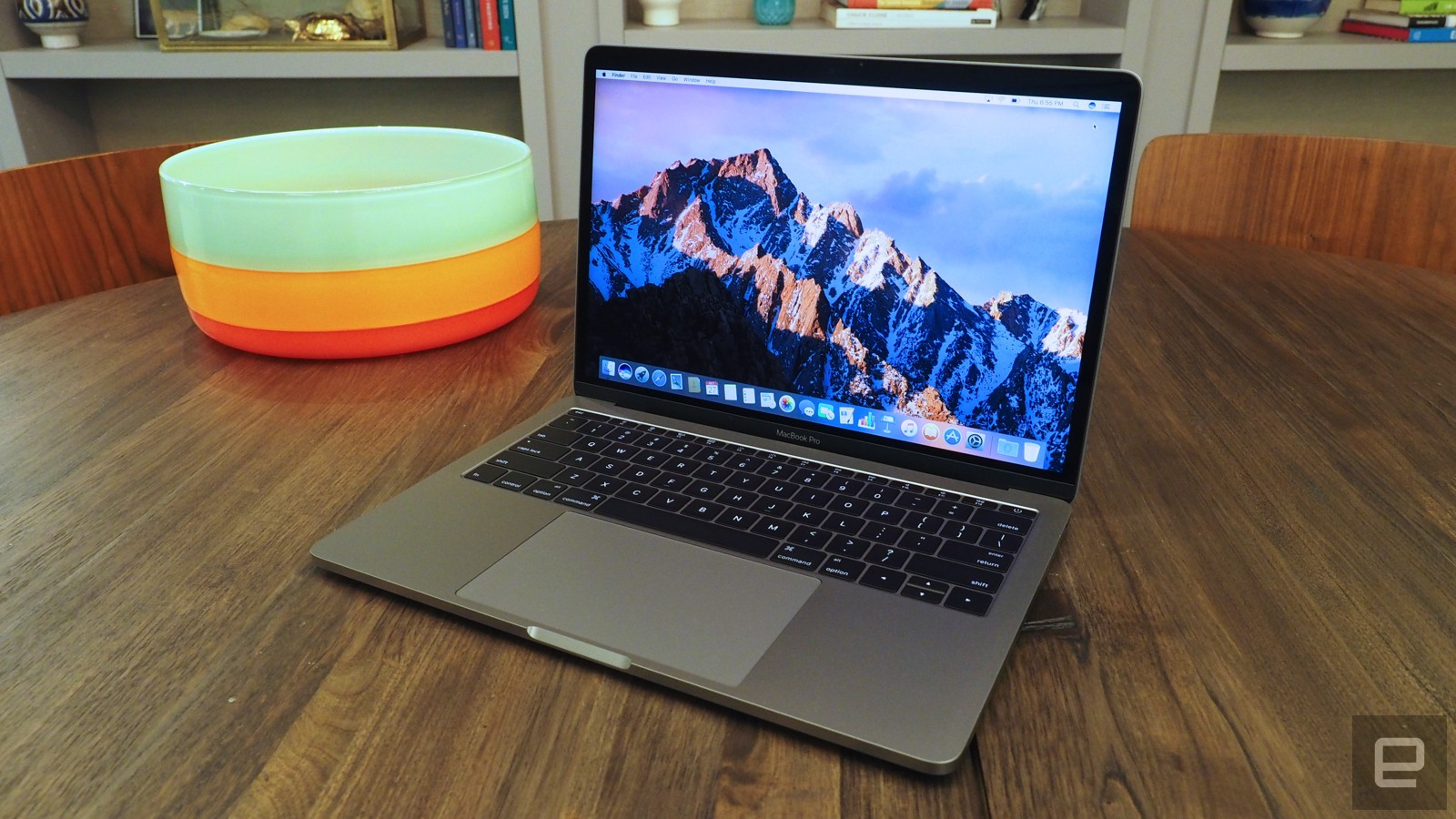 first look at the new macbook pro the one without the touch bar. Black Bedroom Furniture Sets. Home Design Ideas