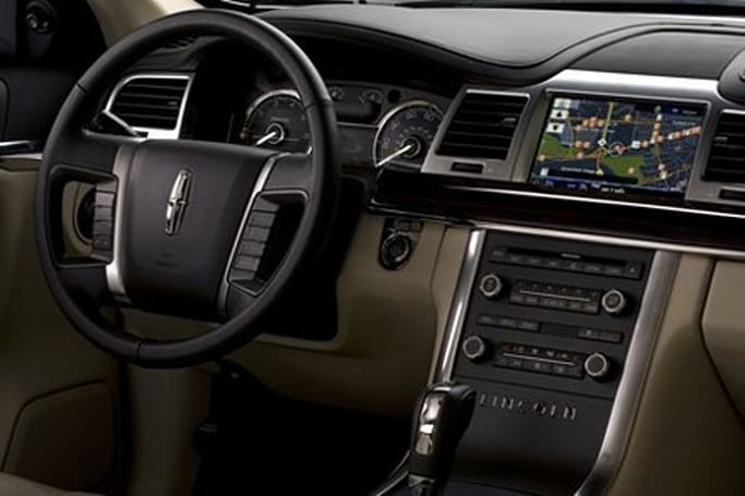 Ford shows off Sirius Travel Link: real-time data for your navi