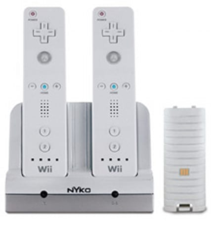 Nyko's Wii-chargeable station