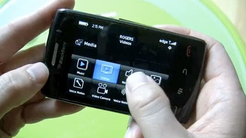 "BlackBerry Storm 2 demoed on video, SurePress ""click"" and all"