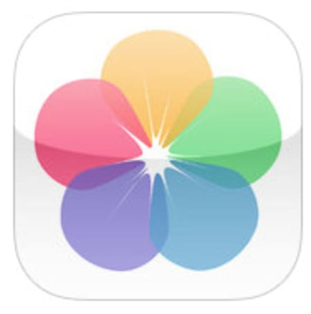 letZi for iOS is a unique group photo viewer