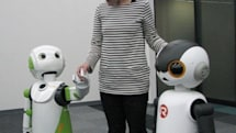 Robovie R3 all set to assist, freak out elderly and handicapped shoppers this November (video)