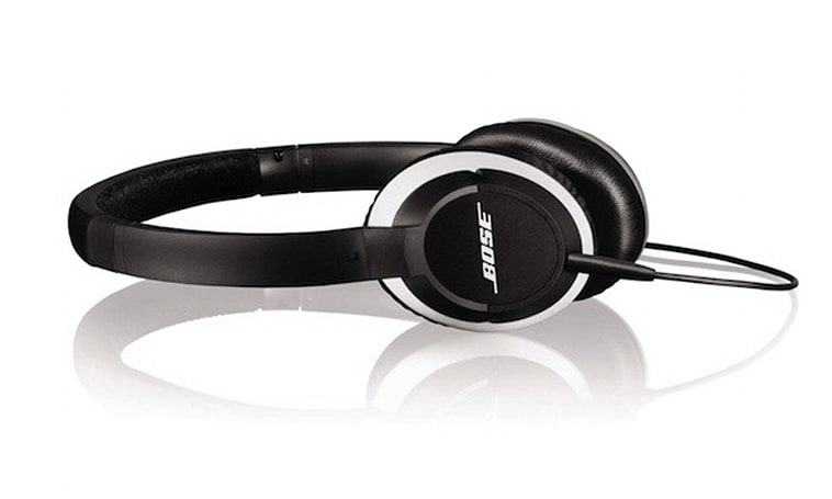 Bose's OE2 and OE2i on-ear headphones pack brand recognition, little else