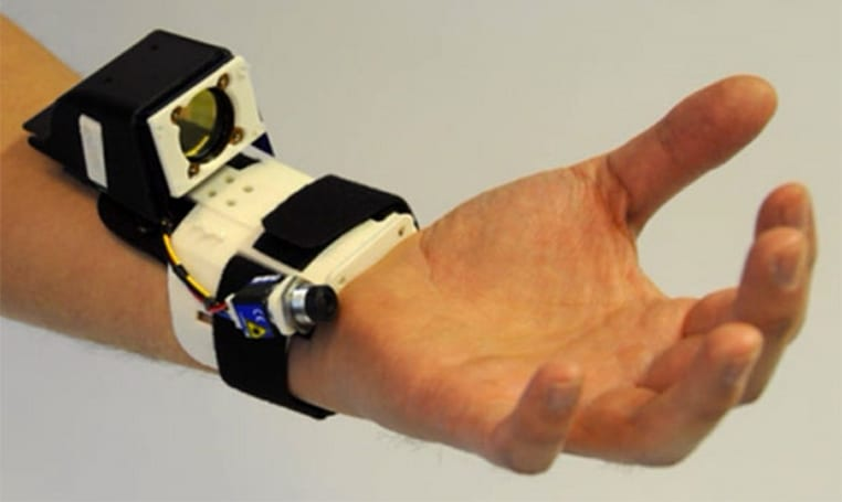 Microsoft Research crafts wrist-worn device that tracks hand gestures in 3D space (video)