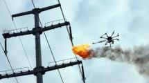 Feuerspuckende Drohne brennt Müll von Stromleitungen