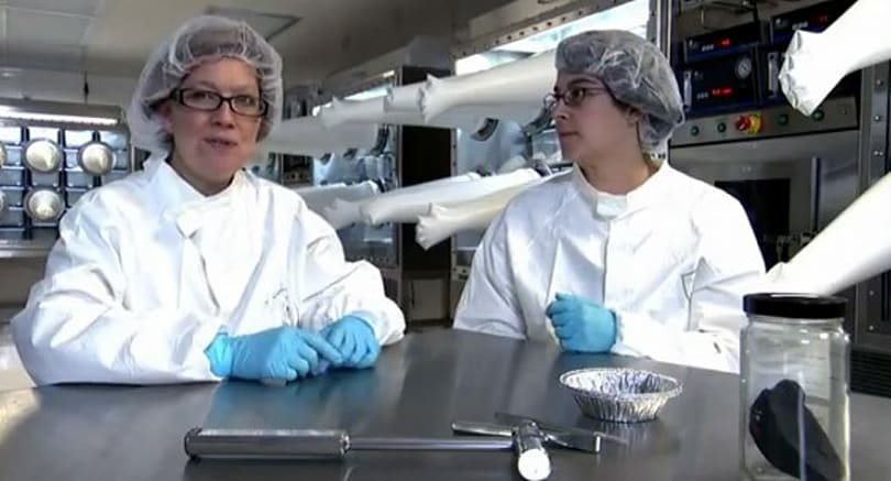 Smithsonian's super squeaky clean meteorite lab makes your room look like a pig sty (video)