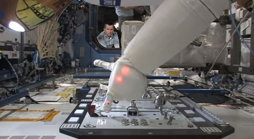 NASA's Robonaut 2 shown pushing buttons, firing lasers on the ISS (video)