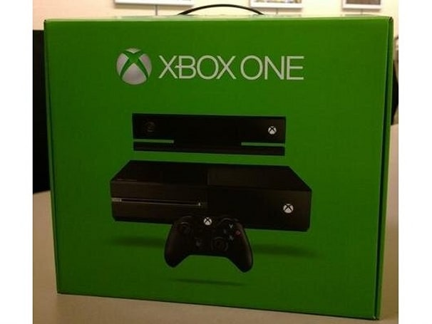 Microsoft shows off the first retail Xbox One box