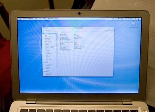 Prototype MacBook Air found on eBay