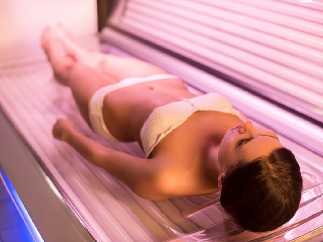 The crazy reason why tanning beds rates are climbing among young women