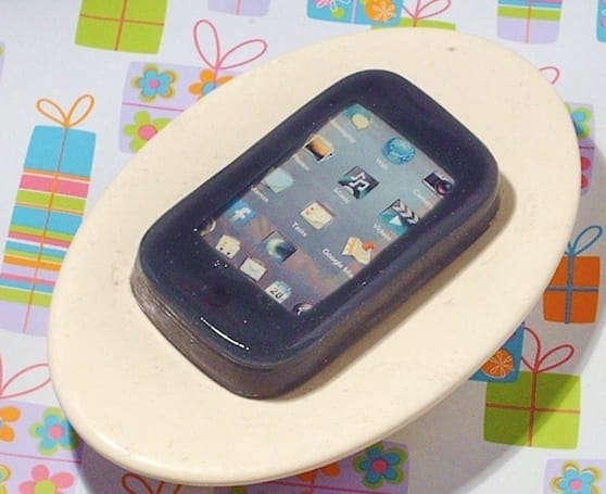 Palm Pre soap brings webOS to the tub