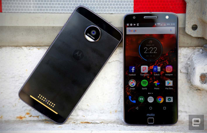 Motorola is thirsty for new Moto Mods