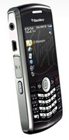 Virgin Mobile Canada gets around to adding BlackBerry Pearl 8130