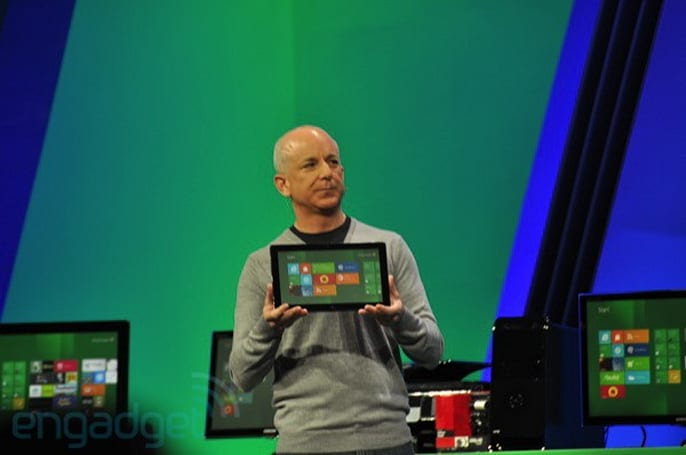 Microsoft gives Samsung Windows 8 developer PCs to Build attendees, AT&T throws in 3G service