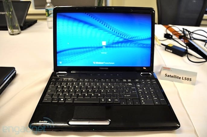 Toshiba Satellite E205 is first laptop with Intel Wireless Display (WiDi) technology