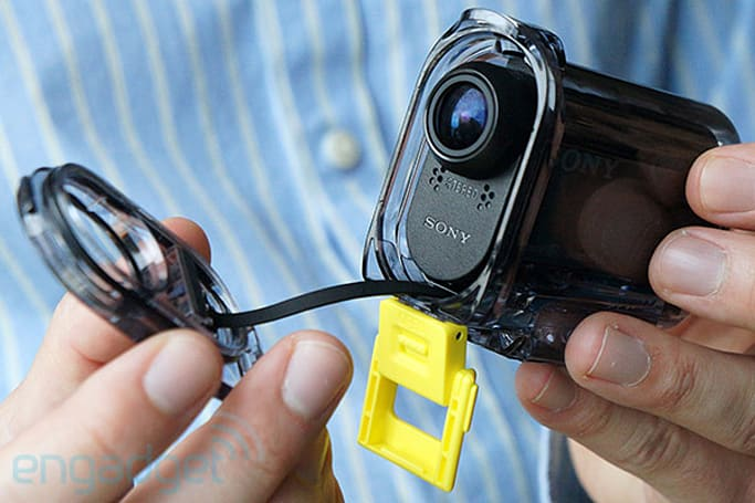 Sony's tiny ruggedized Action Cam gets official with 16MP Exmor R, WiFi, $199+ price tag (hands-on)