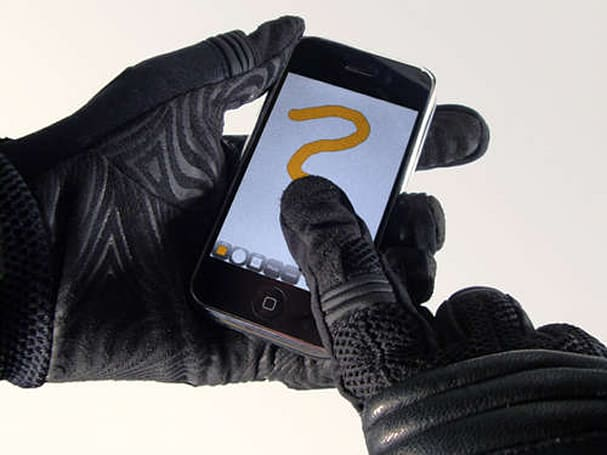 DIY touchscreen gloves are as simple as a few stitches