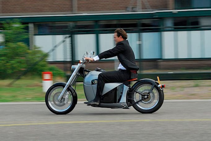 Orphiro's electric motorcycle: like a Harley, just not obnoxiously loud