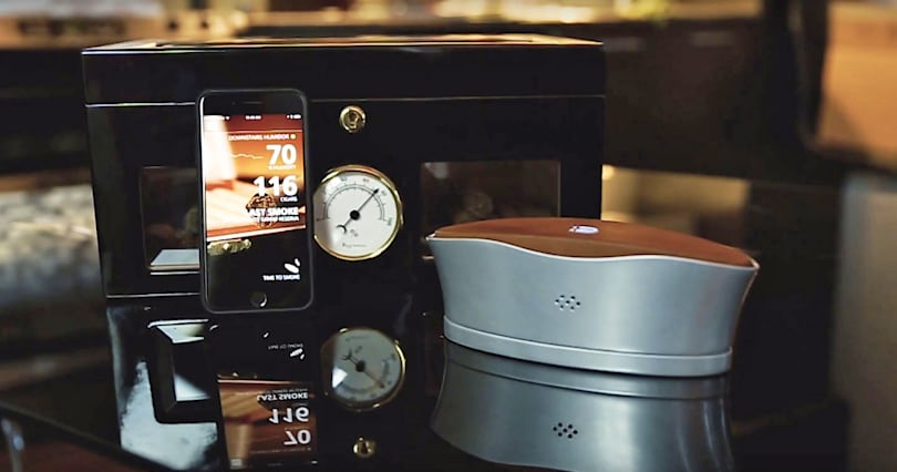 The Blume cigar humidifier keeps tabs on your collection