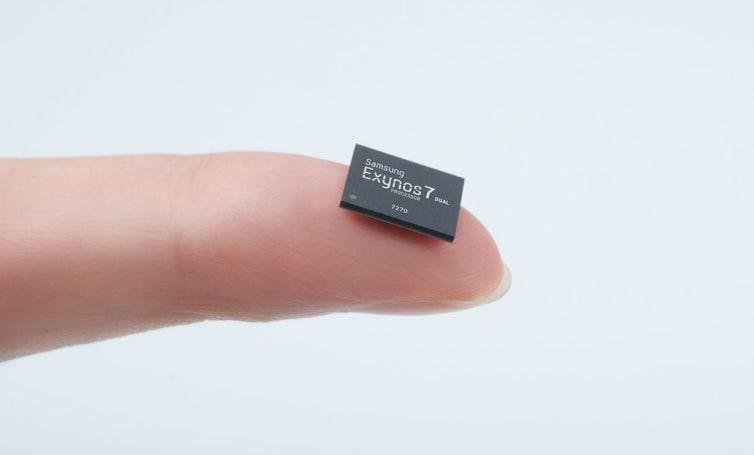 Samsung crams LTE into a tiny smartwatch chip