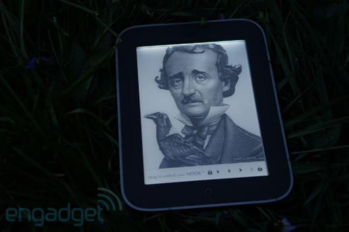 PSA: Nook Simple Touch and Simple Touch with Glowlight now on sale in the UK