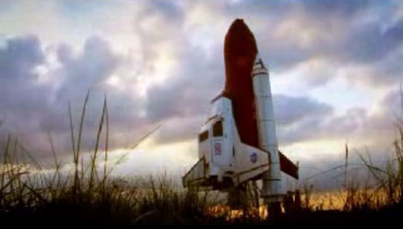 Top Gear builds, launches Space Shuttle car