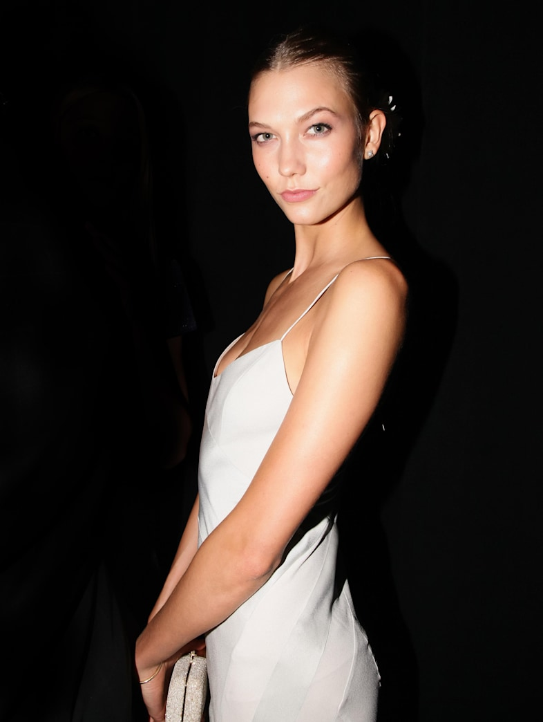 Karlie Kloss' simple beauty at Interview's fashion week party