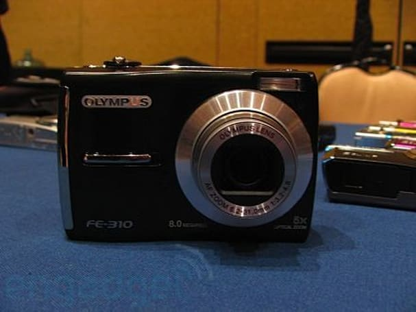 Olympus' new FE series hands-on