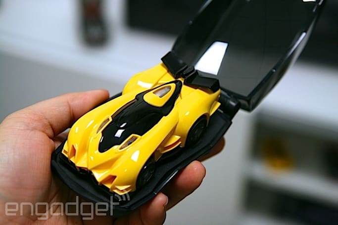 Anki Drive update offers new upgrades and weapons for its robotic slot cars