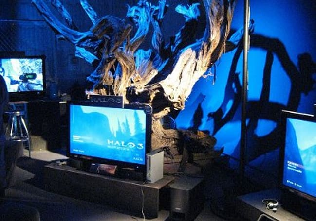 Photos from a special Halo 3 LA event