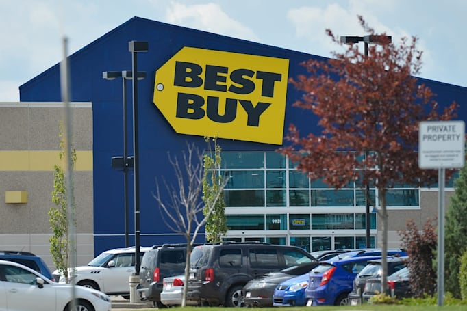 For its 50th anniversary, Best Buy unveils 50 deals tonight