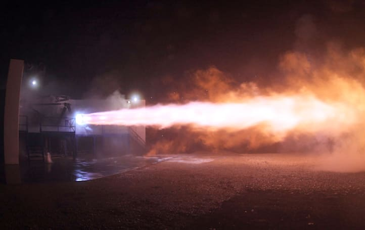 SpaceX test-fires 'Raptor' rocket that will take humans to Mars