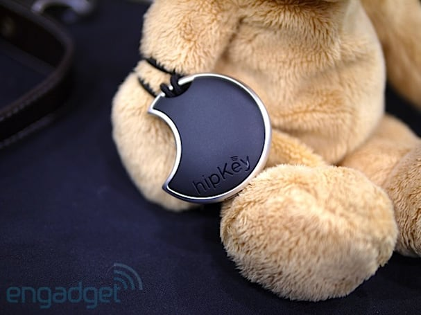 hippih's Bluetooth-powered hipKey keeps your iPhone close, your precious things closer (hands-on)