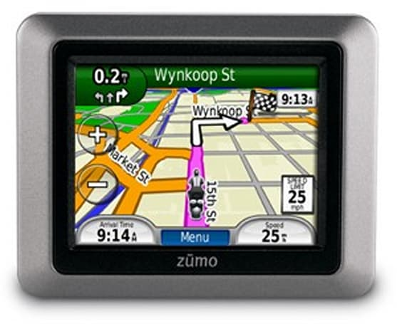 Garmin introduces Zumo 220, $600 navigation for vaguely budget-conscious two-wheeled hooligans