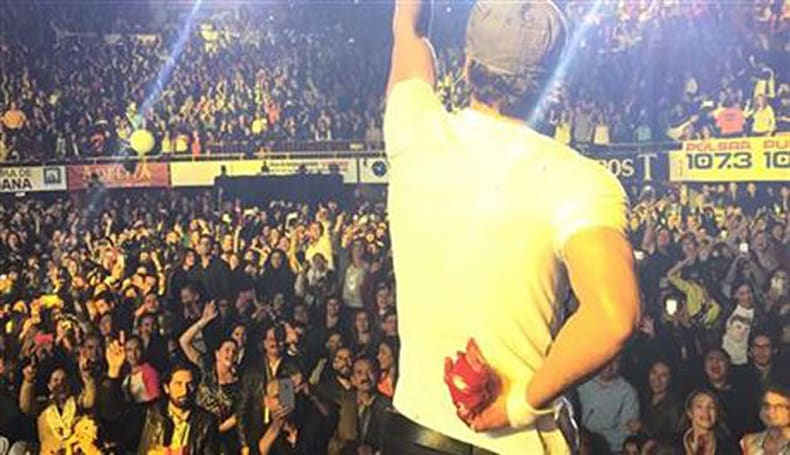 Enrique Iglesias learns first-hand that drones and concerts don't mix