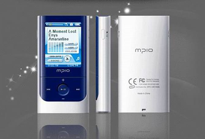 MPIO's MO100 DAP takes a note from Grundig