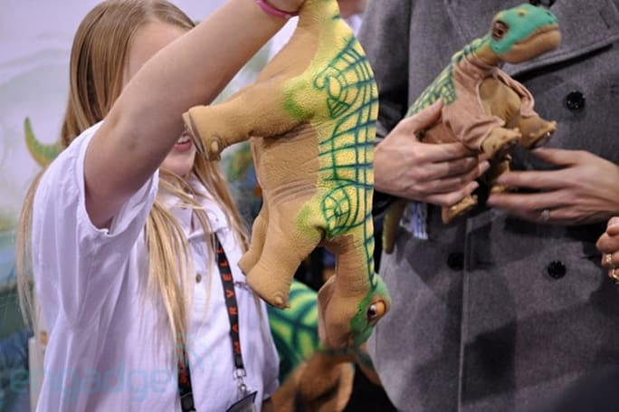 Pleo RB cuddles up to CES, we go hands-on and talk to Innvo about future Pleos