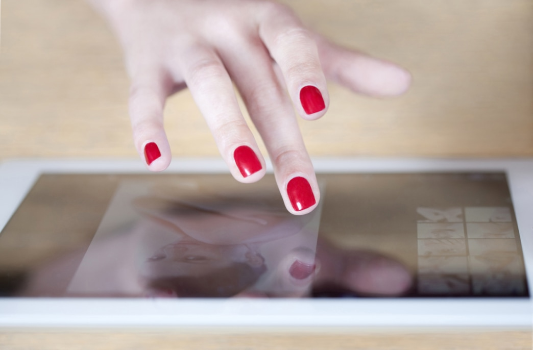 Quick and easy: How to extend the life of your nail polish