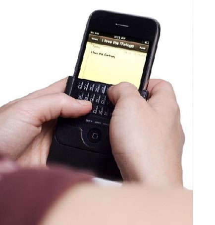 iTwinge: the perfectly named iPhone keyboard