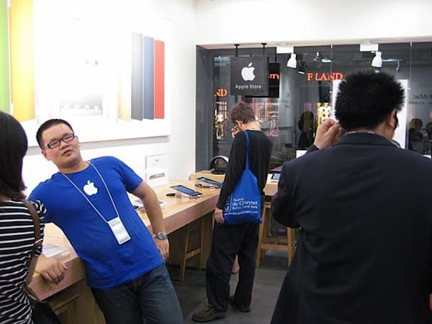 Two more fake Apple Stores spotted by officials in China, two get the smackdown