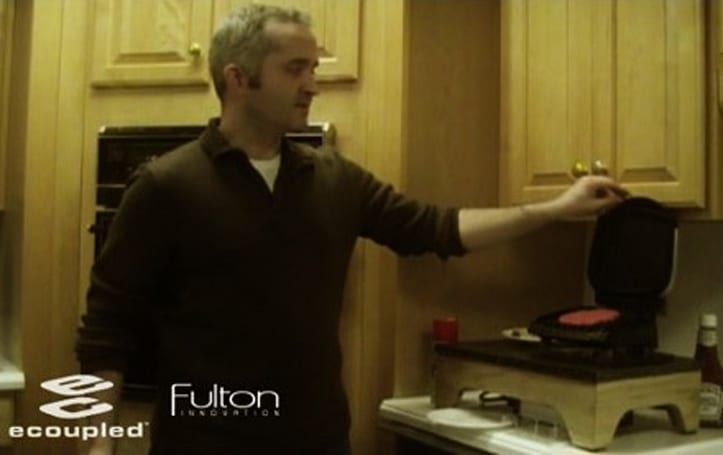 Video: eCoupled fires up its wireless Foreman grill and cooks us a burger