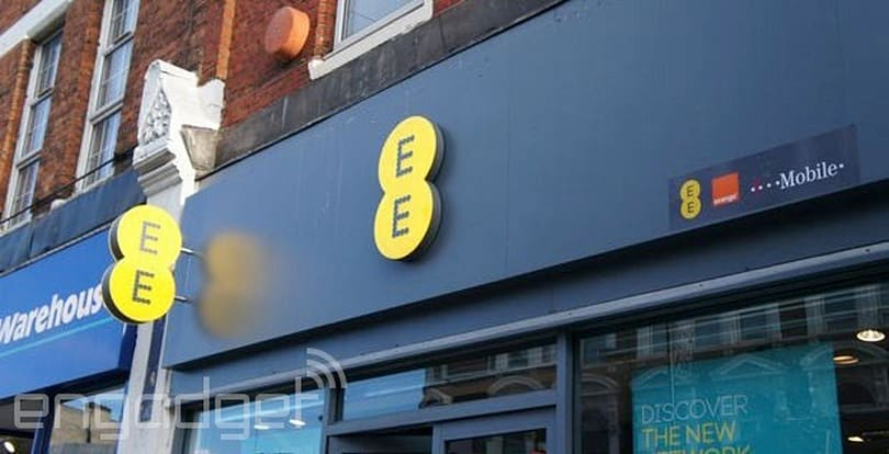AT&T signs deal with EE to offer 4G data roaming in the UK