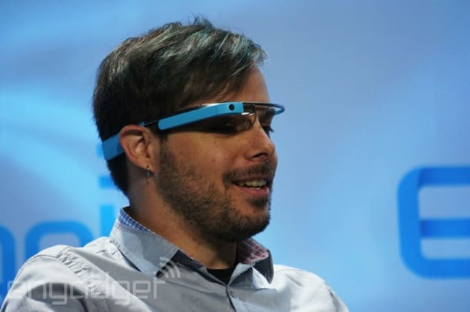 Texting on Google Glass is just as dangerous as on a phone