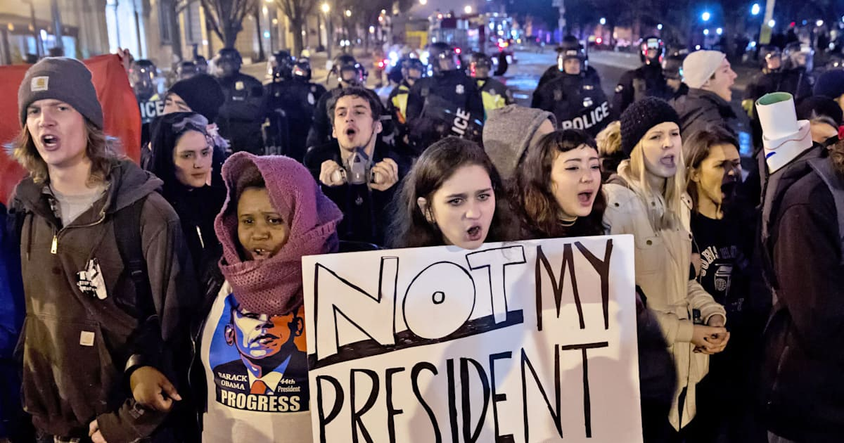 Facebook Warns Inauguration Protesters Over Police Data Hunt