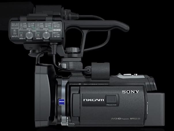 Sony HXR-NX30 camcorder: built-in projector, 96GB storage for $2,500 (video)