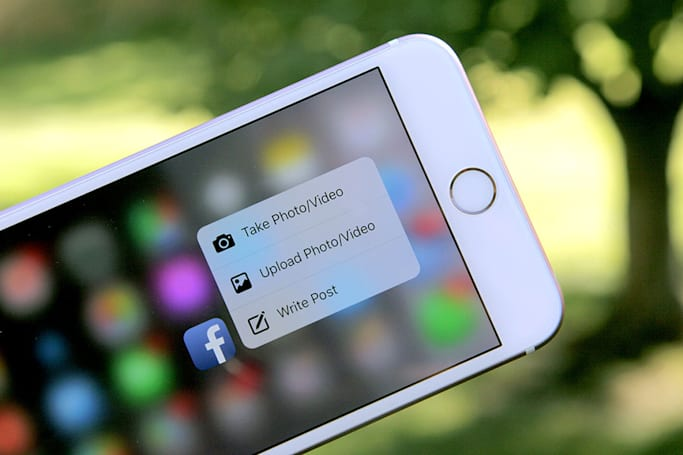 Facebook's iOS app uses 3D Touch to make short work of status updates